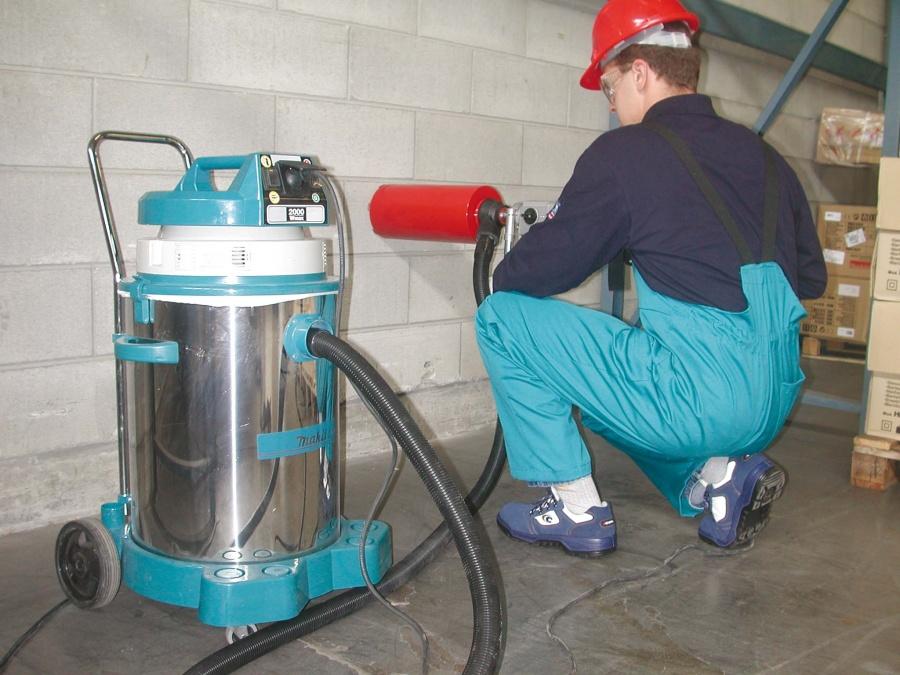 Utilizzo aspirapolvere industriale Makita 445X