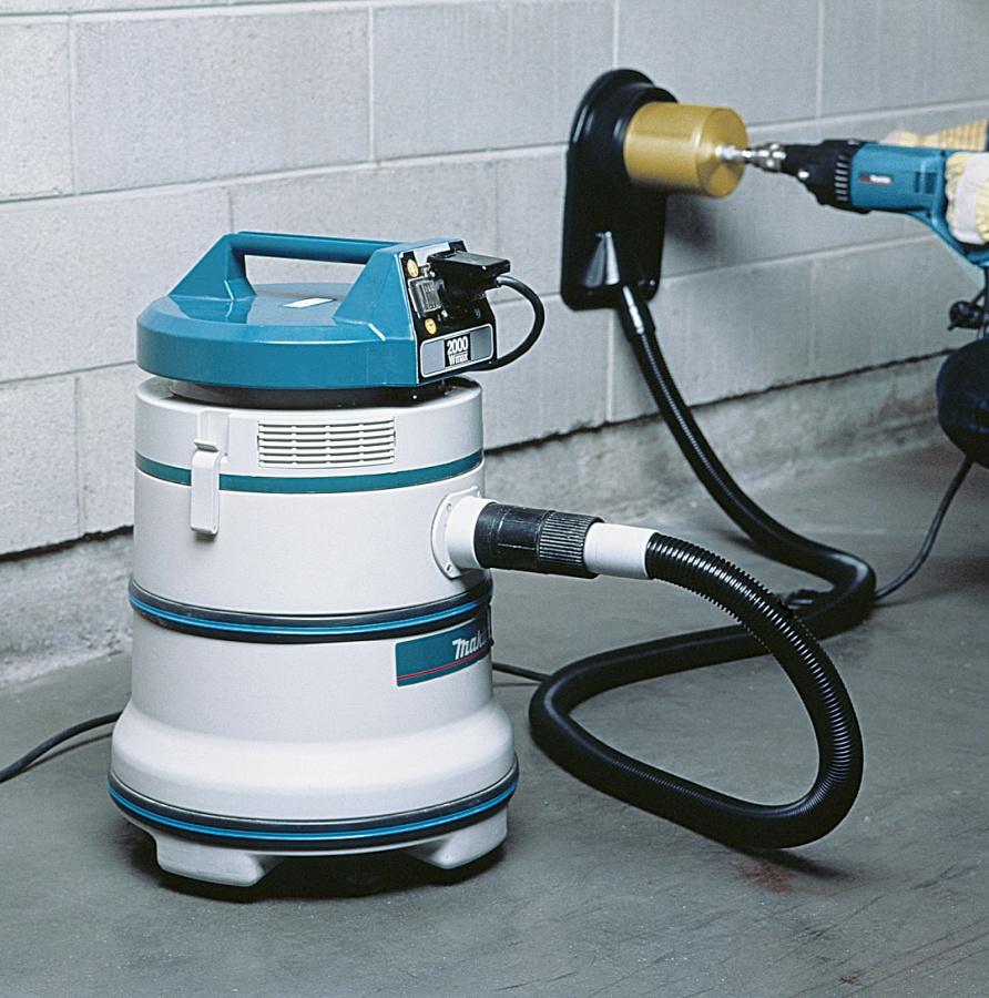 Utilizzo Trapano carotatrice 850W  Makita 8406 mm. 20