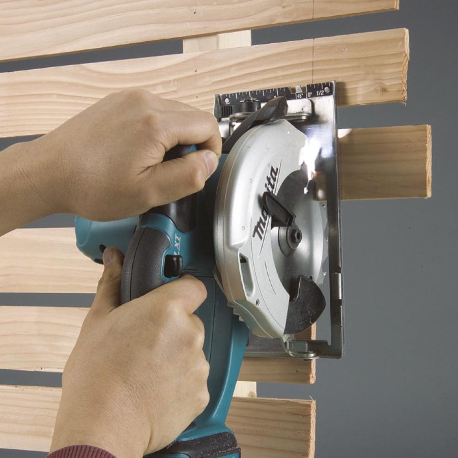 Disegno Sega Circolare per legno Makita BSS500Z 14,4V 3,0 Ah ( Fino Esaurimento Scorte) Solo Corpo Macchina