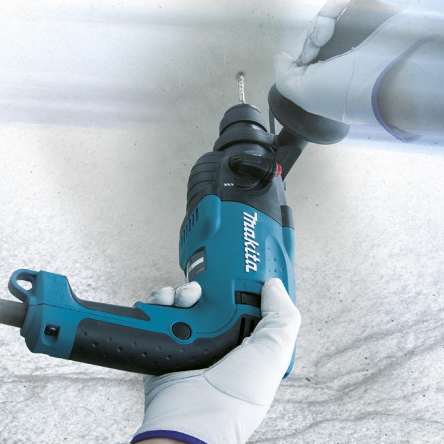 Utilizzo-Tassellatore 440W Makita HR1830 mm. 18