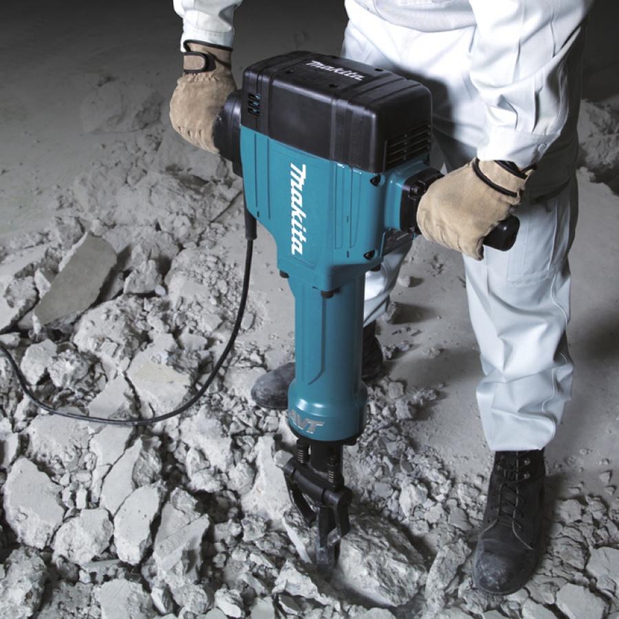 Utilizzo Demolitore 1900w 44,9J Makita HM1810 kg. 32,3