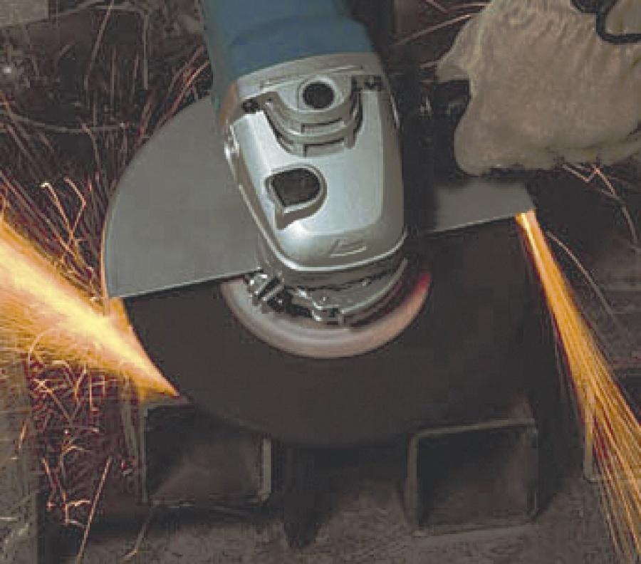 Utilizzo smerigliatrice angolare Makita GA9012C
