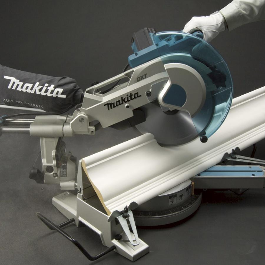 Utilizzo Sega da banco radiale 1650w Makita LS1216F mm. 305