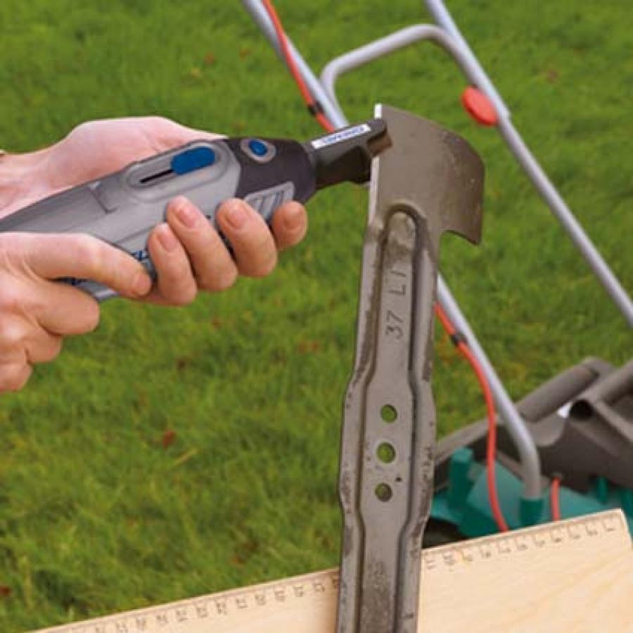 Dremel 8100ky utensile multifunzione outdoor campaign - dettaglio 8