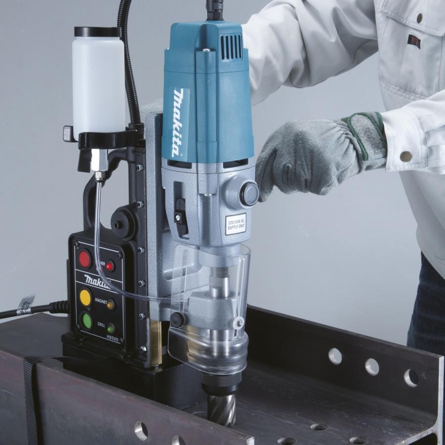 Utilizzo Trapano a colonna base magnetica 1150W  Makita HB500