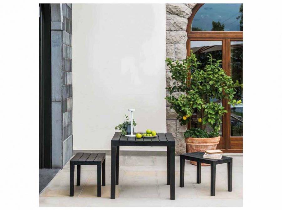 Progarden papua set panche e tavolo quadrato con effetto doghe - dettaglio 2