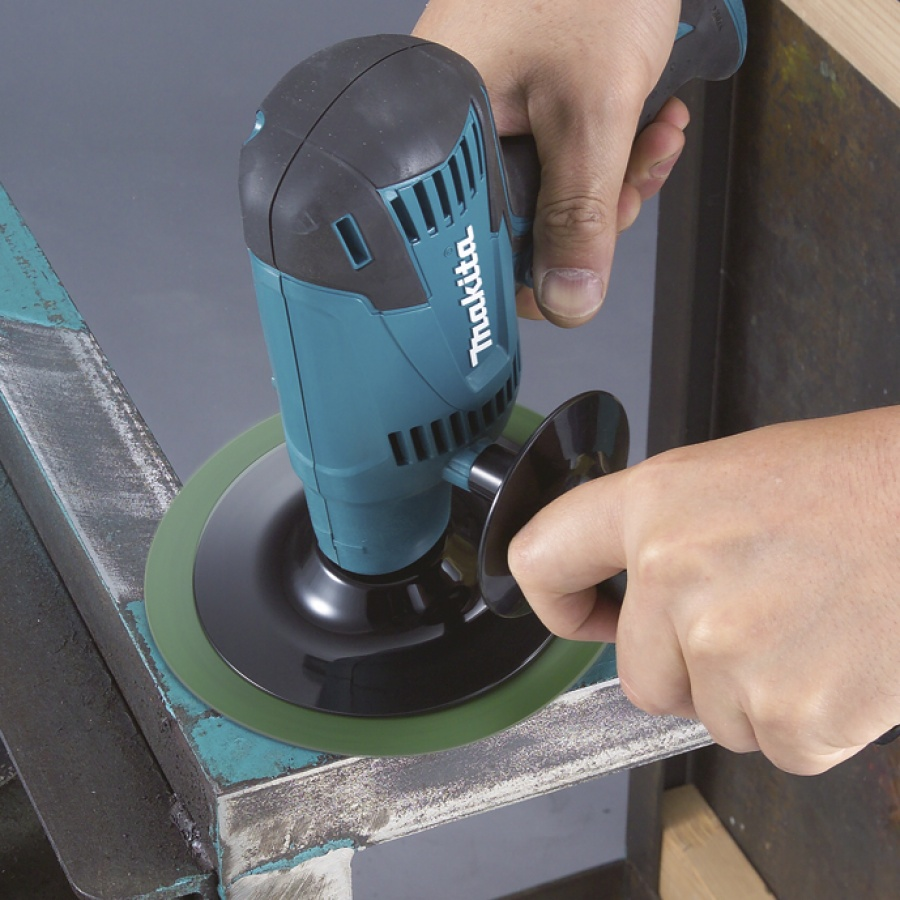 Utilizzo Levigatrice 440W Makita GV6010 mm. 150