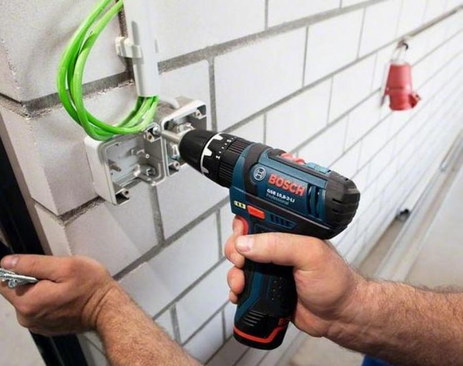 utilizzo bosch gsb 10,8-2-li elettricista