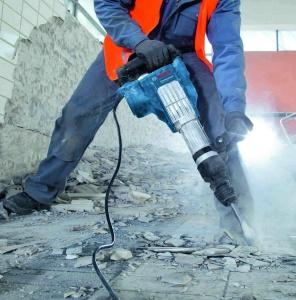 Utilizzo martello demolitore Bosch GSH 11 VC Professional