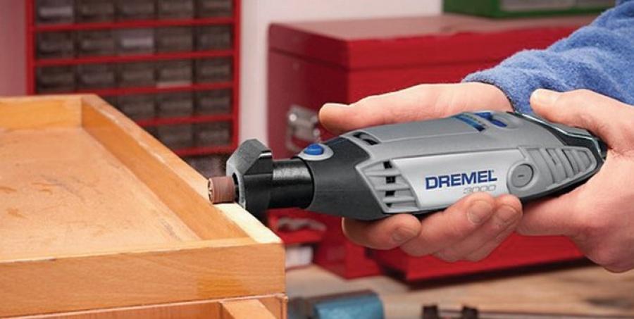 Utilizzo Utensile multifunzione Dremel 3000-1/5 Kit Bronze
